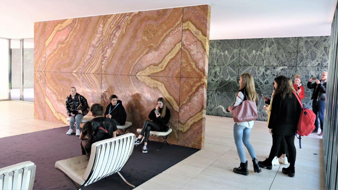 Sortida fotogràfica a la fundació Mies van der rohe i caixaforum