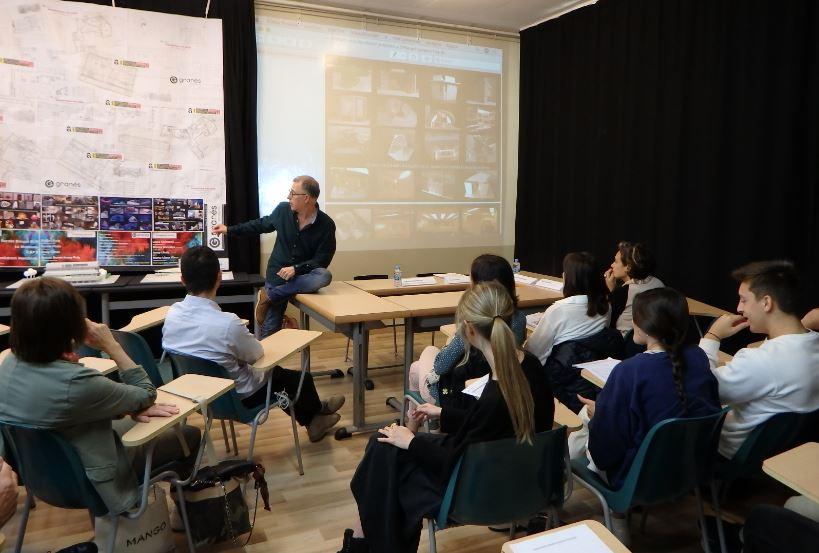 Exit de la jornada d'arquitectura a les aules